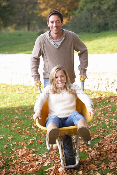 男 プッシング 妻 紅葉 手押し車 ツリー ストックフォト © monkey_business