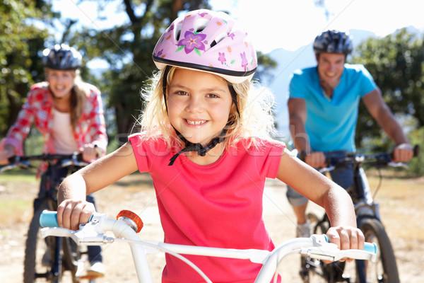 Foto stock: Jóvenes · familia · país · moto · verano · diversión