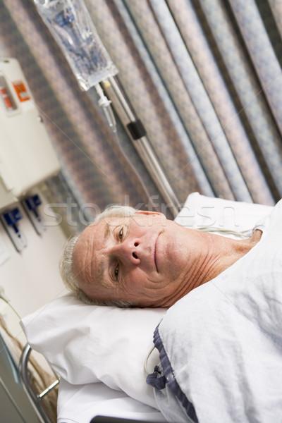 患者 病院用ベッド 医療 健康 ルーム 男性 ストックフォト © monkey_business