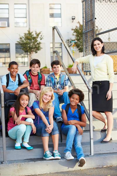 Photo stock: Groupe · élémentaire · élèves · à · l'extérieur · classe · enseignants