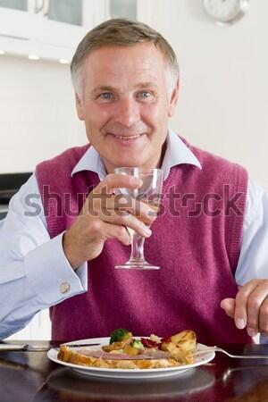 Homem refeição casa comida jantar Foto stock © monkey_business