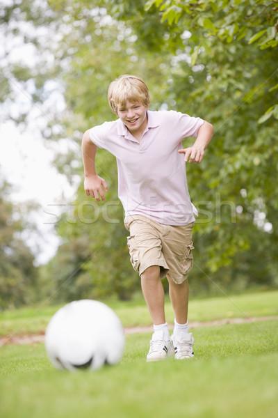 Foto d'archivio: Giocare · calcio · sport · calcio · divertimento