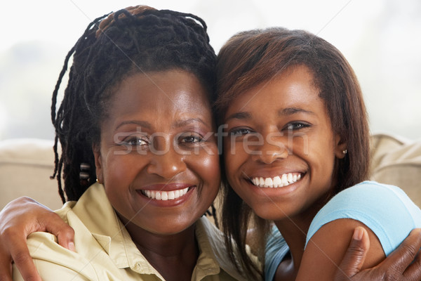 Femme adolescent fille famille heureux portrait Photo stock © monkey_business
