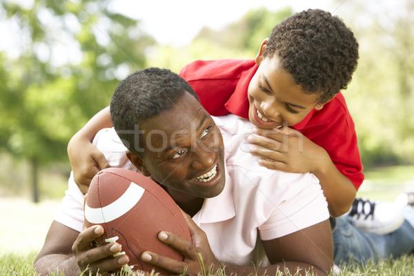 Stockfoto: Vader · zoon · park · amerikaanse · voetbal · man · gelukkig