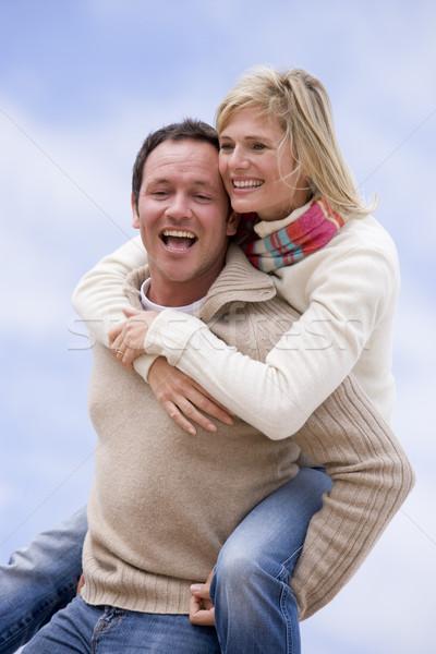 Stok fotoğraf: Adam · kadın · omzunda · açık · havada · gülen · çift