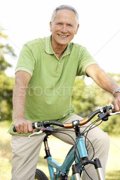 Stockfoto: Portret · man · paardrijden · cyclus · platteland · gelukkig
