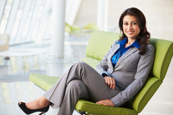 肖像 女性実業家 座って ソファ 現代 オフィス ストックフォト © monkey_business