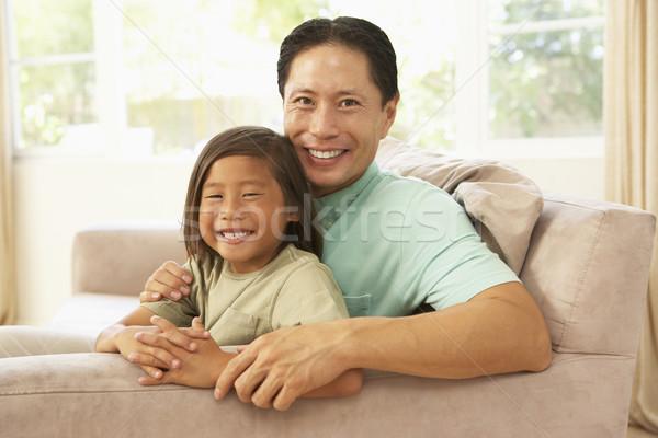 Сток-фото: отец · дочь · расслабляющая · домой · девушки · ребенка