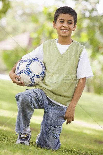 Foto stock: Menino · futebol · parque · olhando