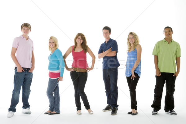 Groupe coup adolescents couleur souriant garçons Photo stock © monkey_business