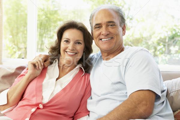 Foto stock: Casal · de · idosos · relaxante · casa · mulher · feliz · casal