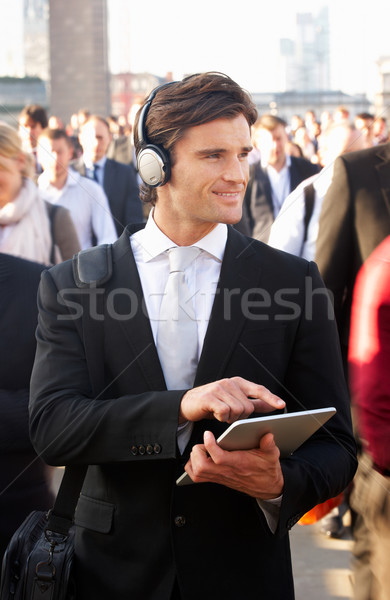 Homme banlieue foule comprimé casque ville Photo stock © monkey_business
