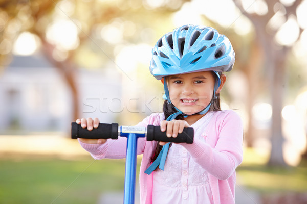 Kız kask binicilik çocuk Stok fotoğraf © monkey_business