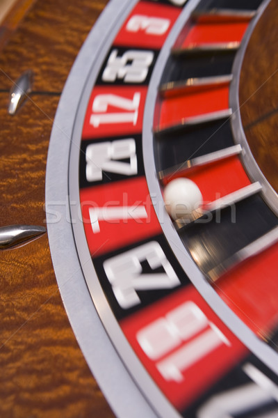 Rueda de la ruleta pelota número siete casino Foto stock © monkey_business