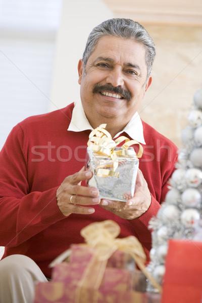 Stockfoto: Man · opgewonden · Open · christmas · aanwezig · gelukkig