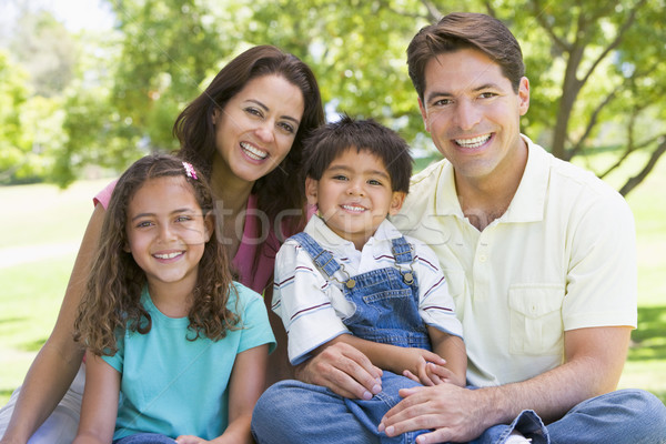 Foto stock: Família · sessão · ao · ar · livre · sorridente · menina · amor