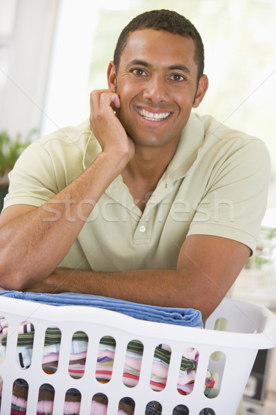 Stock fotó: Férfi · dől · szennyes · boldog · ruházat · takarítás