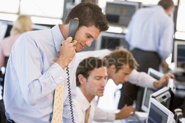 Stock fotó: Stock · kereskedő · telefon · üzlet · nő · boldog