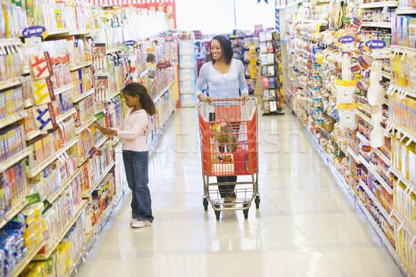 Foto stock: Mãe · filha · compras · supermercado · mulher