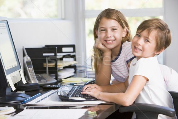 Foto stock: Jovem · escritório · em · casa · computador · sorridente · crianças