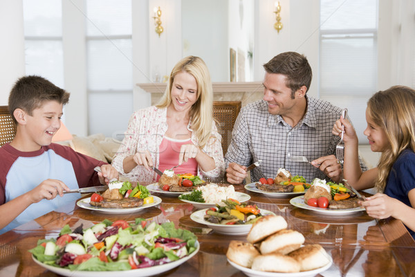 Rodziny wraz żywności człowiek szczęśliwy Zdjęcia stock © monkey_business