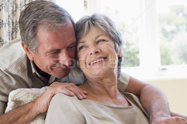 Stockfoto: Paar · ontspannen · woonkamer · glimlachend · gelukkig · portret