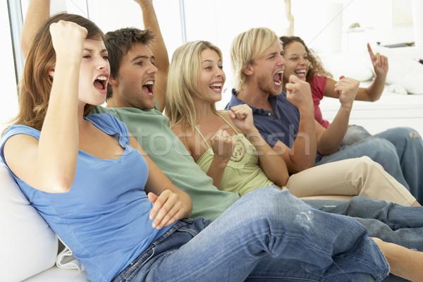 Barátok néz játék televízió nők boldog Stock fotó © monkey_business