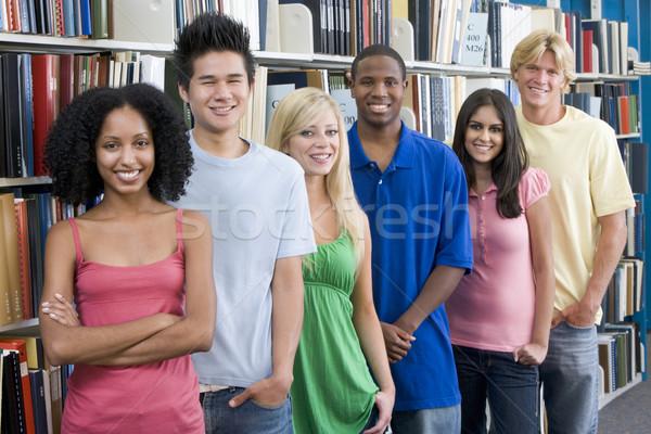 Gruppe Universität Studenten Bibliothek sechs stehen Stock foto © monkey_business