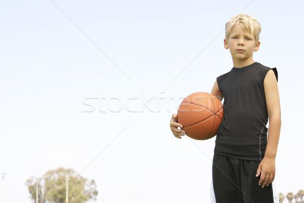 Foto stock: Jóvenes · ninos · ninas · fútbol · equipo · entrenador