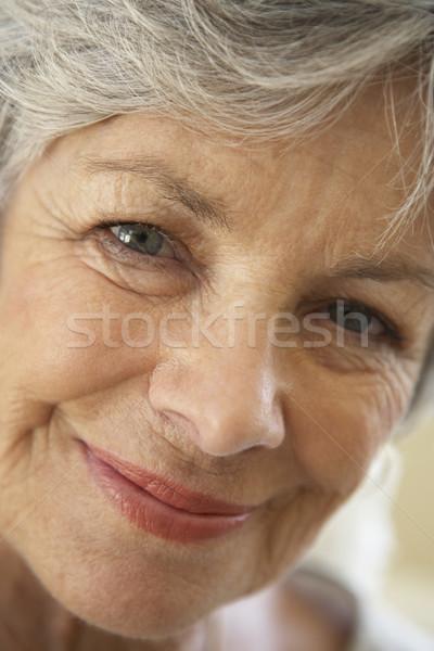 Porträt Senior Frau lächelnd Kamera Gesicht glücklich Stock foto © monkey_business