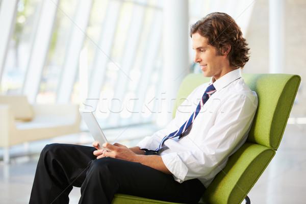 Affaires séance modernes bureau numérique comprimé Photo stock © monkey_business