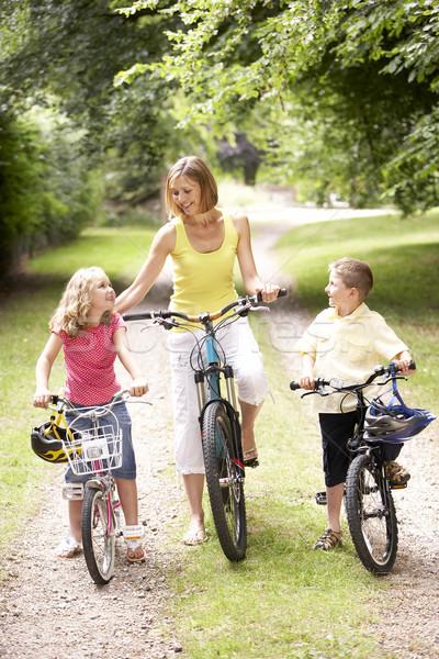 Stockfoto: Moeder · kinderen · paardrijden · fietsen · platteland · glimlach