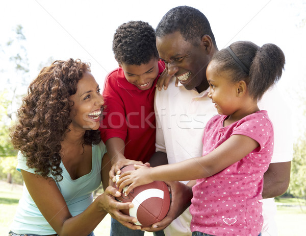 Familie park amerikaanse voetbal kinderen man Stockfoto © monkey_business