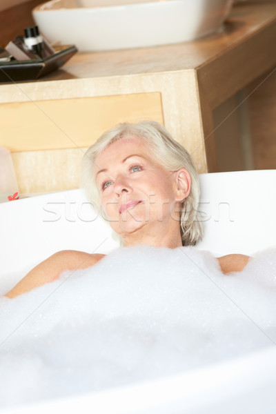 シニア 女性 リラックス 泡風呂 幸せ ストックフォト © monkey_business