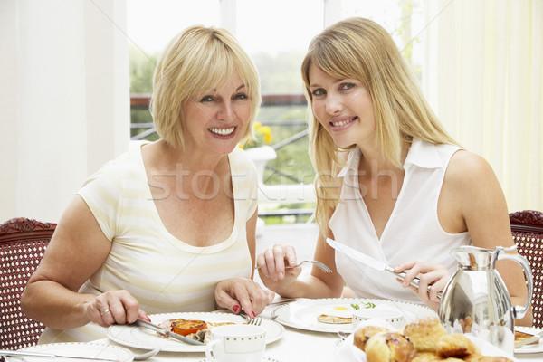 Stock fotó: Két · nő · élvezi · hotel · reggeli · nők · portré