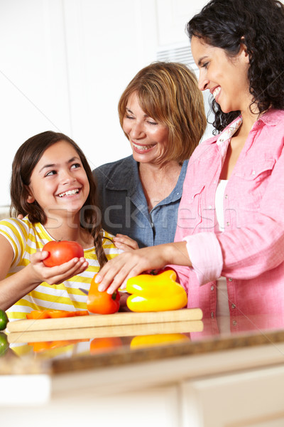 Grand-mère cuisson femme femmes santé mère Photo stock © monkey_business