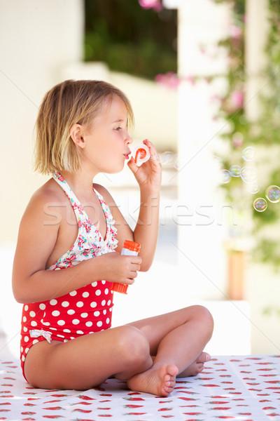 Nina traje de baño jardín verano Foto stock © monkey_business