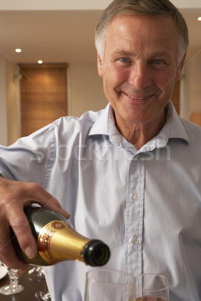 ストックフォト: 男 · ガラス · シャンパン · ワイン · 幸せ