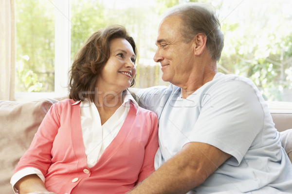 Stockfoto: Ontspannen · home · vrouw · gelukkig · paar