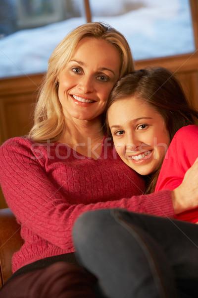 Portré anya lánygyermek megnyugtató kanapé együtt Stock fotó © monkey_business