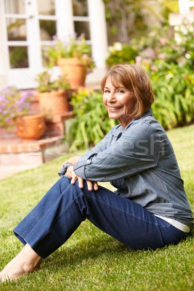 Foto d'archivio: Donna · rilassante · giardino · impianti · femminile