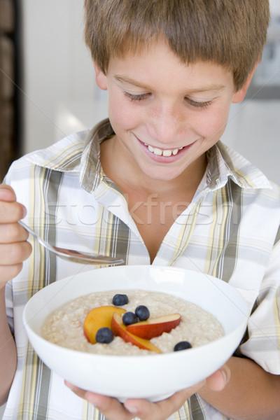 Stok fotoğraf: Mutfak · yeme · meyve · gülen