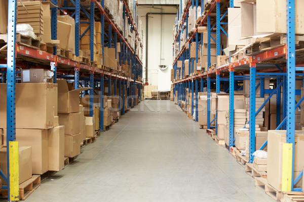Wnętrza magazynu towary półki polu fabryki Zdjęcia stock © monkey_business
