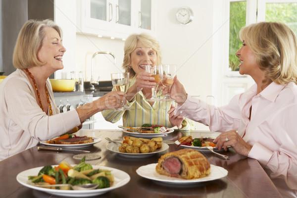 商業照片: 朋友 · 享受 · 午餐 · 家 · 一起 · 食品