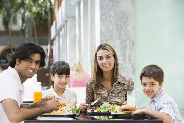 Aile öğle yemeği kafe tablo çocuk Stok fotoğraf © monkey_business