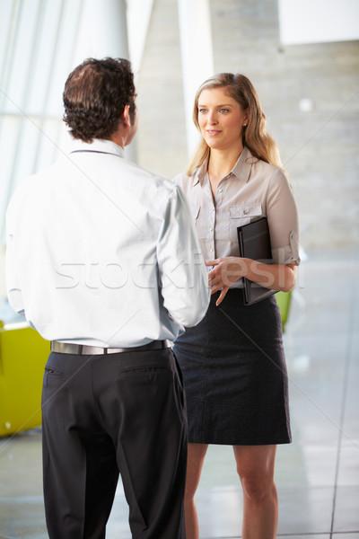 Affaires femme d'affaires réunion bureau affaires femmes Photo stock © monkey_business
