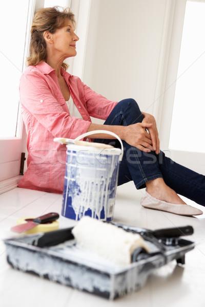 Idős nő ház munka otthon festék Stock fotó © monkey_business