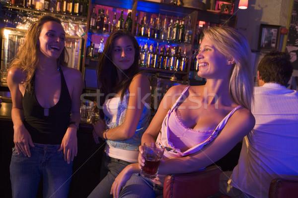 Stok fotoğraf: üç · içecekler · birlikte · gece · kulübü