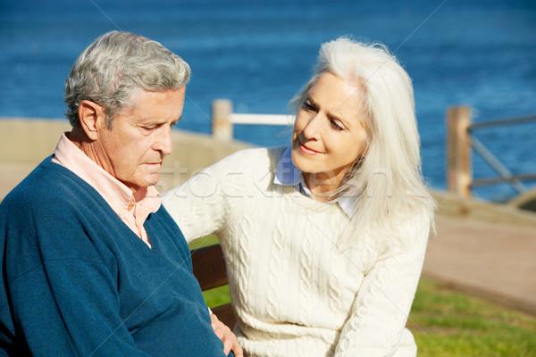 Senior mulher reconfortante deprimido marido sessão Foto stock © monkey_business