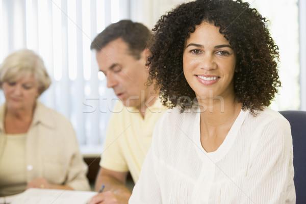 взрослый женщину изучения другой взрослых студентов человека Сток-фото © monkey_business